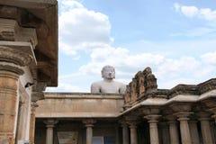 Vista general del complejo del templo de la colina de Chandragiri, Sravanabelgola, Karnataka Imagen de archivo libre de regalías