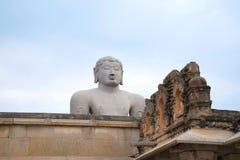 Vista general del complejo del templo de la colina de Chandragiri, Sravanabelgola, Karnataka Imagen de archivo