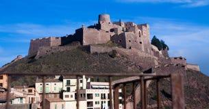 Vista generale del castello di Cardona nel giorno di inverno catalonia Fotografia Stock Libera da Diritti