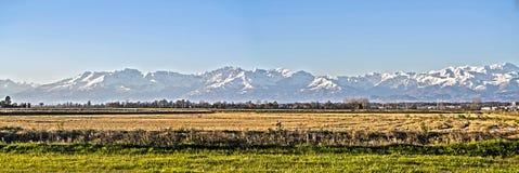 Vista generale della campagna della valle di Po a Piemonte, Novara e la V immagini stock libere da diritti