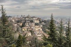 Vista generale della città di area medievale, Citta Alta, Bergamo, lombardo Immagini Stock