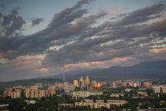 Vista generale di Almaty livellante Fotografia Stock