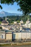 Vista generale di Salisburgo dal punto di vista di Kapuzinerberg, Austria fotografia stock