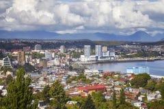 Vista geral da cidade de porto de Puerto Montt, o Chile Imagens de Stock