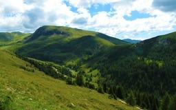 Vista geral das montanhas tirolesas sul Imagem de Stock