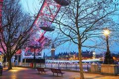 Vista geral de Londres com Elizabeth Tower cedo na manhã Fotografia de Stock