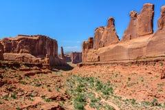 A vista geral de Park Avenue, arqueia o parque nacional, Moab, Utá EUA Fotos de Stock Royalty Free