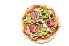 Vista geral de uma pizza fresca fotografia de stock