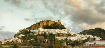 Vista geral de Zahara de la Serra, diz do ¡ de CÃ fotos de stock royalty free