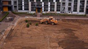 Vista geral do canteiro de obras de uma ?rea residencial na cidade - timelapse vídeos de arquivo