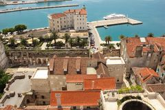 Vista geral porto split Croácia Imagens de Stock Royalty Free