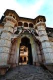 Vista hacia el fuerte y el palacio de Bundi en la pequeña ciudad de Bundi en Rajastan, la India imagen de archivo