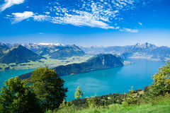 Vista hermosa al lago y a la montaña Rigi lucerne Foto de archivo libre de regalías