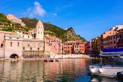 Vista hermosa de Vernazza Foto de archivo