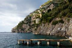 Vista hermosa del Costiera Amalfitana Imagen de archivo libre de regalías