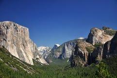 Vista iconica della Metà-Cupola e di EL-Capitan, Yosemite Fotografia Stock