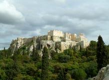 Vista imponente de la acrópolis de Atenas según lo visto de la colina de Areopagus, Atenas Imagenes de archivo