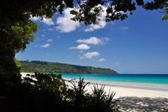 Vista imponente de la playa de Radhanagar en la isla de Havelock - islas de Andaman, la India imagen de archivo