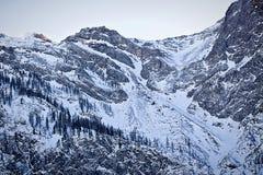Vista imponente di alte alpi austriache di Tauern nell'inverno Fotografia Stock Libera da Diritti