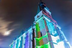 Vista inclinata della basilica cattolica antica in Germania a nig immagini stock libere da diritti