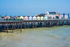 Vista inHastings di nuovi di un pilastro, Sussex orientale Il Regno Unito Fotografie Stock