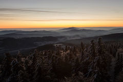 Vista iniziale di mattina di inverno su Sumava Ceco Fotografie Stock Libere da Diritti