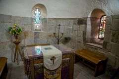 Vista interior de la capilla del ` s de St Margaret en el castillo de Edimburgo foto de archivo