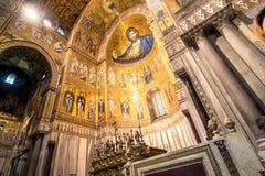 Vista interior de la catedral de Monreale Fotos de archivo