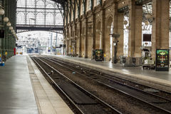 Vista interior de la estación del norte de París, (Gare du Nord) Fotos de archivo