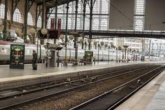 Vista interior de la estación del norte de París, (Gare du Nord) Fotos de archivo libres de regalías