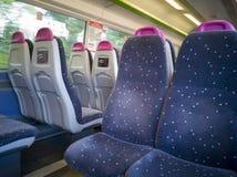 Vista interior de um trem de C2C imagens de stock