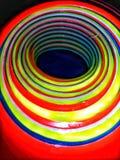 Vista interior de una pila de conos deportivos muy coloridos fotos de archivo libres de regalías