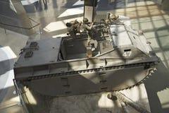 Vista interior de veículo blindado no Museu Nacional do Corpo do Marines Foto de Stock Royalty Free