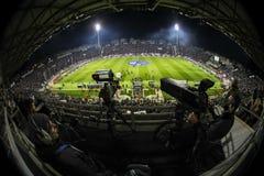 Vista interior del lleno en el estadio de Toumba, Griego Superleague m Fotografía de archivo