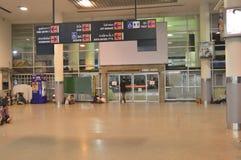 Vista interior del terminal de Morchit del término de autobuses de la ciudad de Bangkok Imágenes de archivo libres de regalías