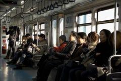 Vista interior do metro do metropolita de Seoul Foto de Stock