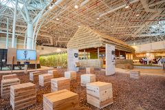 Vista interior do pavilh?o das b?n??os da colheita do mundo Flora Exposition de Taichung imagens de stock royalty free