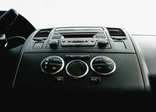 Vista interior do veículo Fim moderno do painel do carro da tecnologia acima clima Fotografia de Stock Royalty Free