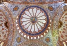 Vista interna da mesquita azul, Sultanahmet Fotos de Stock Royalty Free