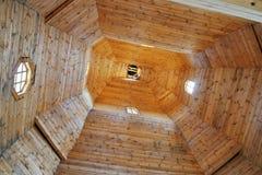 Cubiertas de madera de la iglesia de la Virgen bendecida fotos de archivo