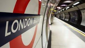Vista interna de Londres subterrânea, estação de metro Fotografia de Stock