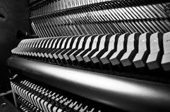 Vista interna de um piano ereto Imagens de Stock Royalty Free