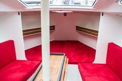 Vista interna de uma cabine de um barco luxuoso Foto de Stock