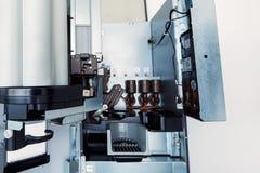 Vista interna del distributore automatico del caffè Fotografie Stock Libere da Diritti