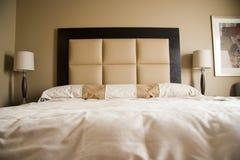 Vista interna della camera da letto fotografia stock