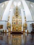 Vista interna della cattedrale di presupposto in Yaroslavl, Russia Immagini Stock