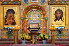 Vista interna della cattedrale di presupposto in Yaroslavl, Russia Fotografia Stock