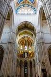 Vista interna di Almudena Cathedral - Madrid Immagini Stock Libere da Diritti