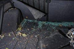 Vista interna di un'automobile nociva fotografia stock