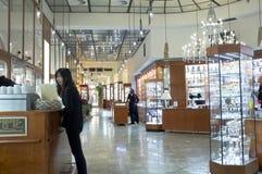 Negozio di cristallo della Boemia a Praga Immagine Stock